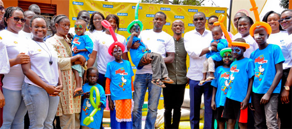 Vivo Energy renovates kitchen at the Bless a Child Foundation with partners Coca Cola & DSTV
